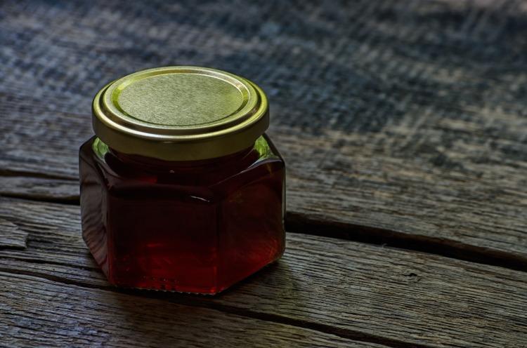honey-1772792_1920